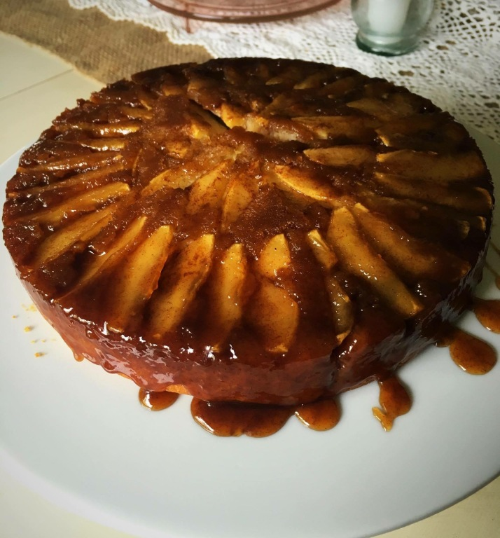 caramelappleupsidowncake